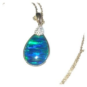 Australian Opal with crystals set in gold